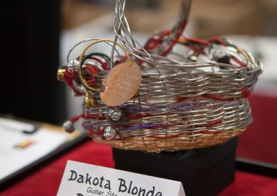 Dakota_Blonde_basket-1468